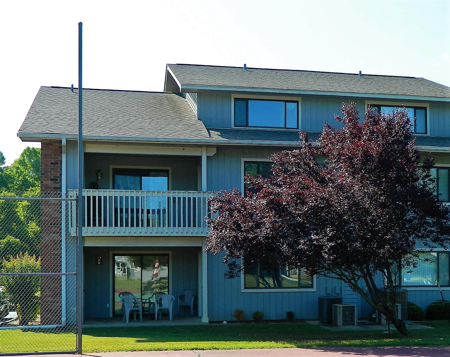 123 River Point Road #37 Hollister, MO 65672