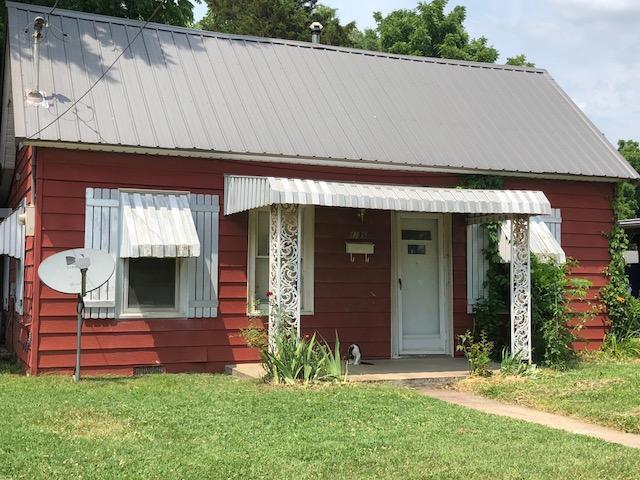 1735 West Chestnut Street Springfield, MO 65802