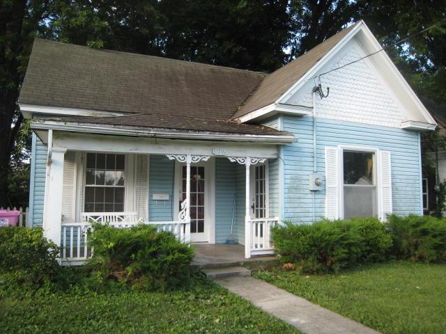 1716 West Chestnut Street Springfield, MO 65802
