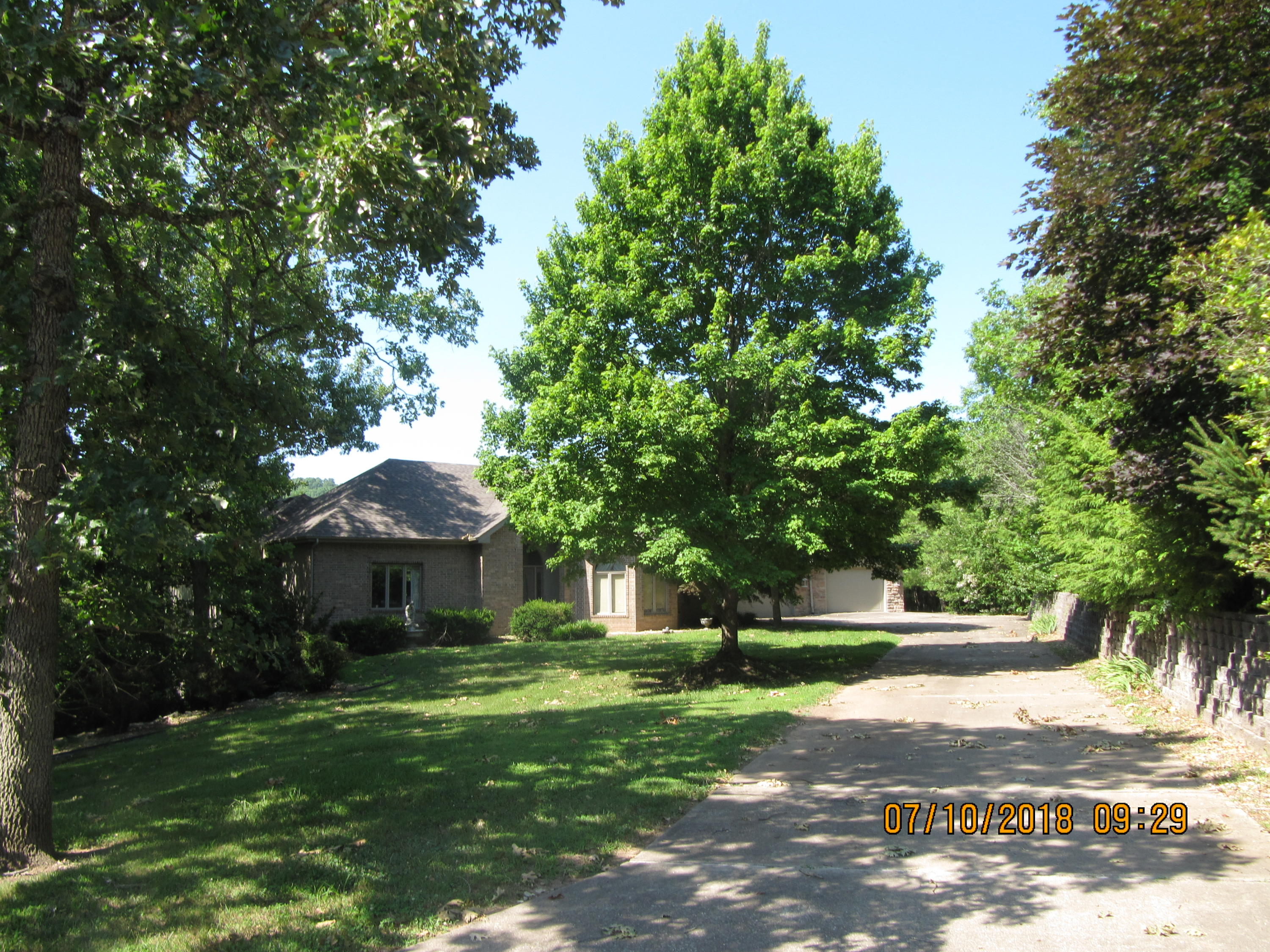 1003 Silvercrest Place Reeds Spring, MO 65737