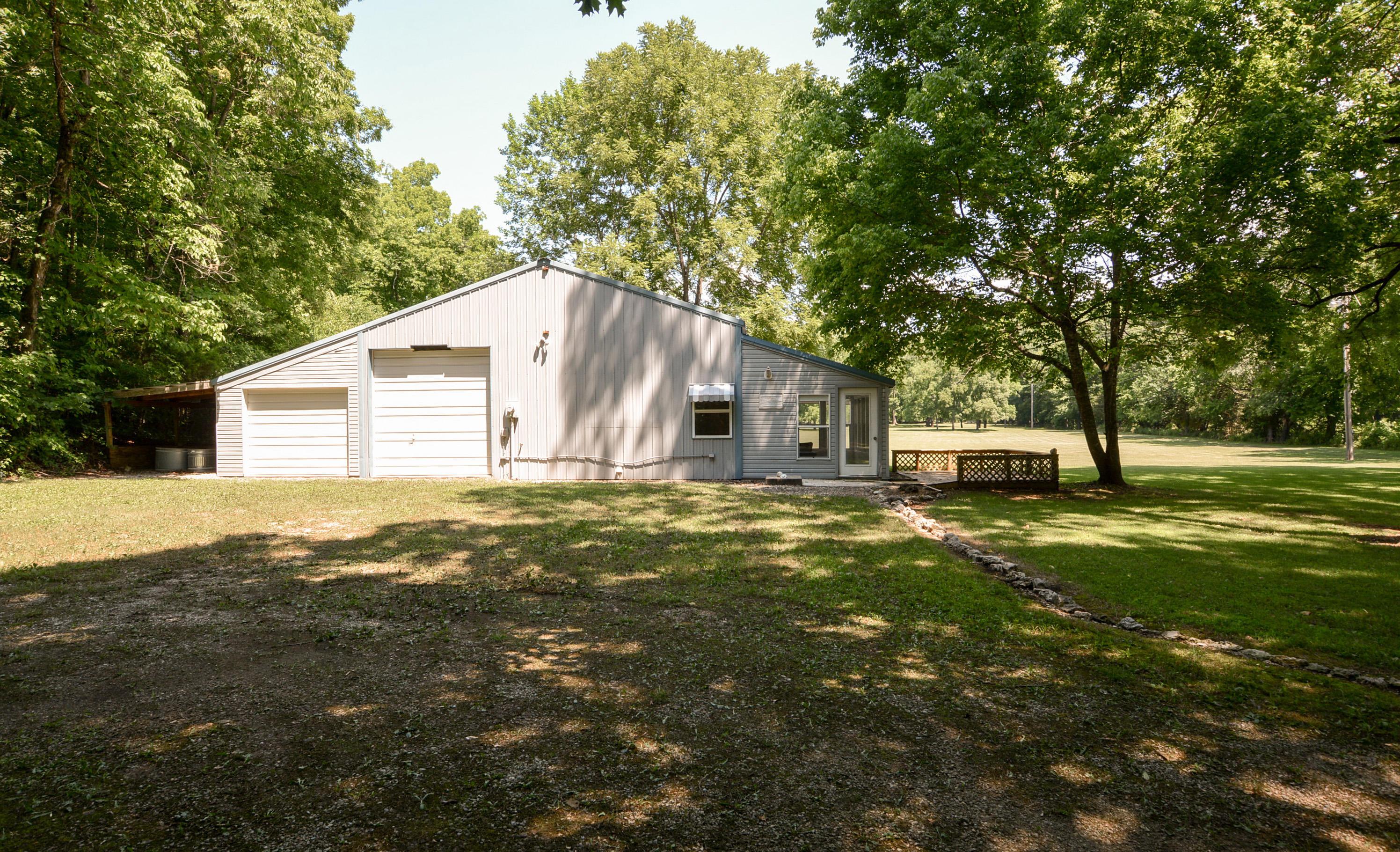 1115 Bear Creek Road Walnut Shade, MO 65771