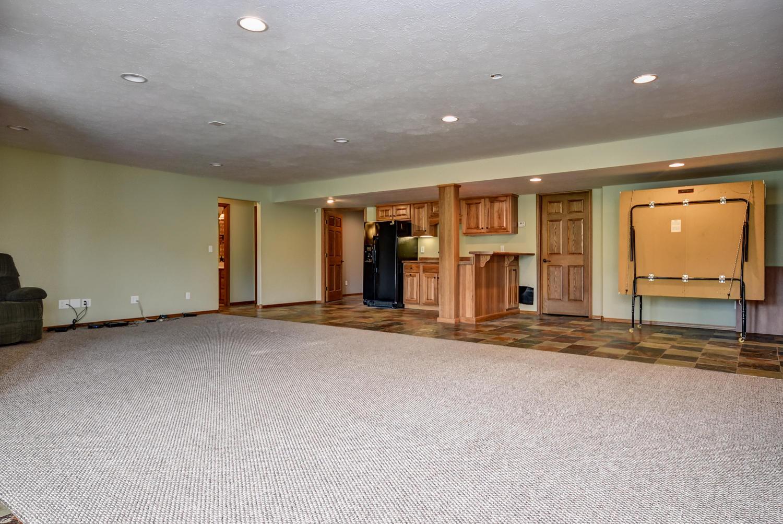 1005 Hickory Ridge Drive Nixa, MO 65714