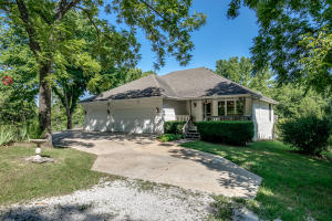 1031 Green Valley Road, Clever, MO 65631