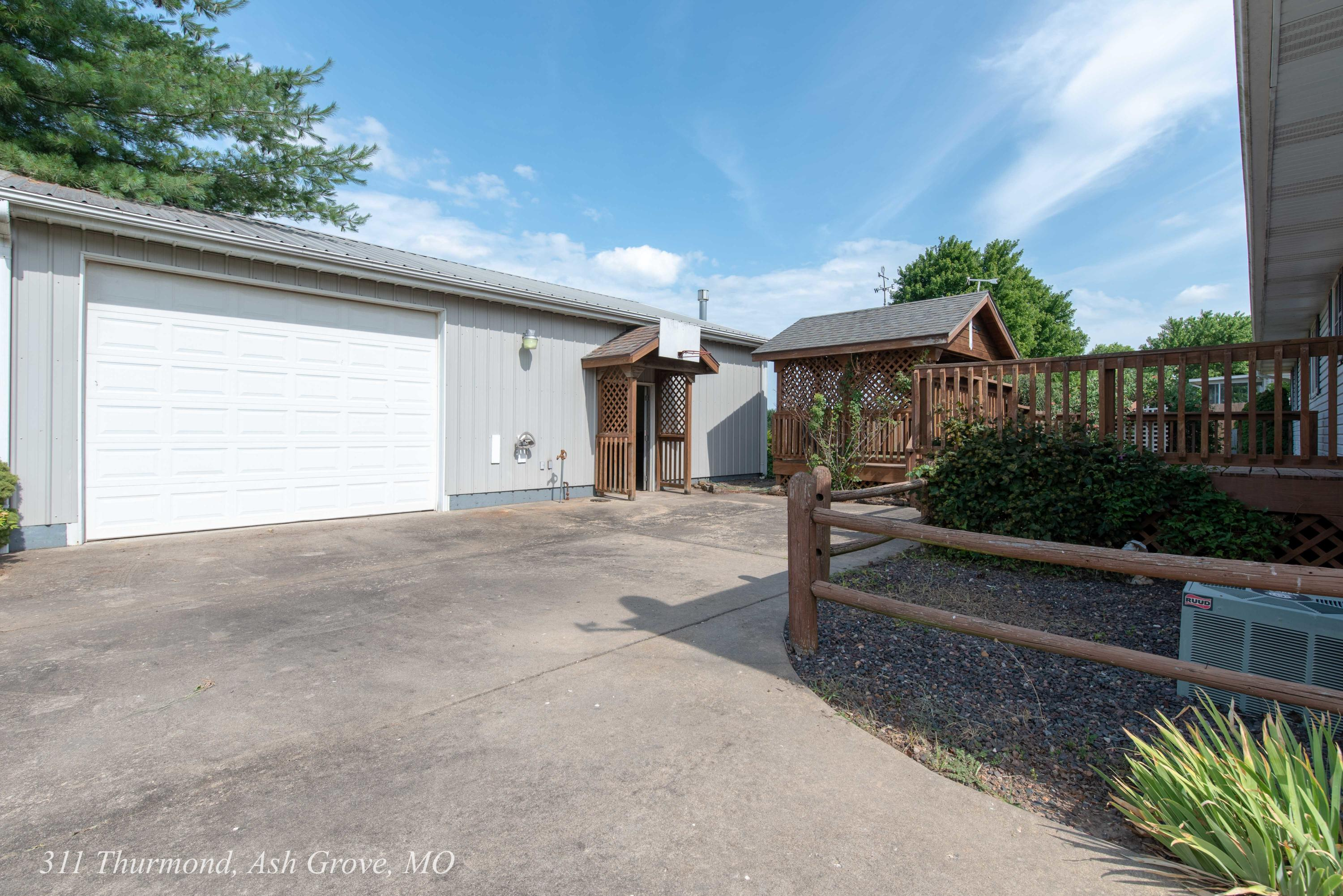 311 North Thurmond Avenue Ash Grove, MO 65604