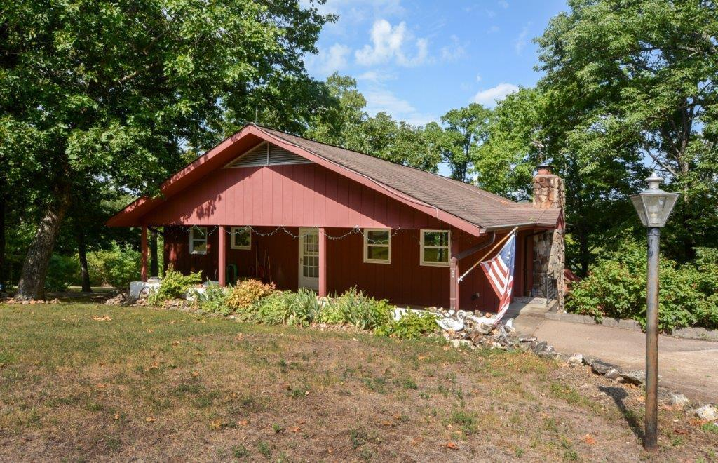 219 Beardsley Creek Drive Blue Eye, MO 65611