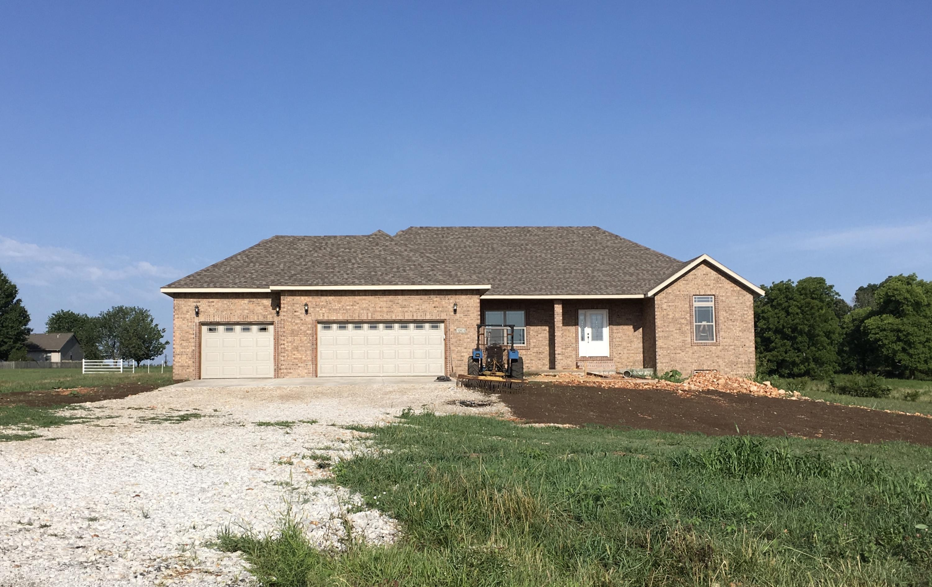 216 Lilac Lane Clever, MO 65631