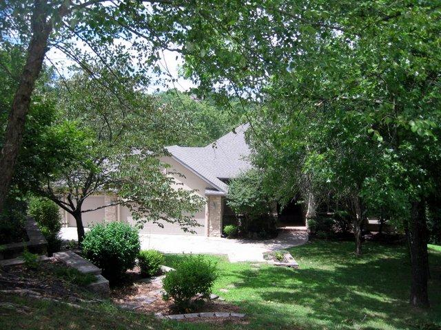 1409 Stoney Creek Circle Branson West, MO 65737