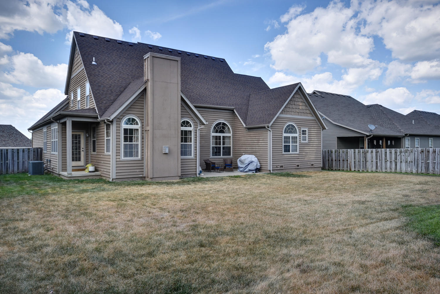 608 West Adelaide Drive Ozark, MO 65721
