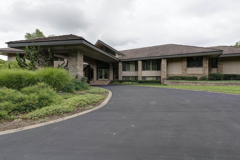 1165 South Post Oak Court Springfield, MO 65809