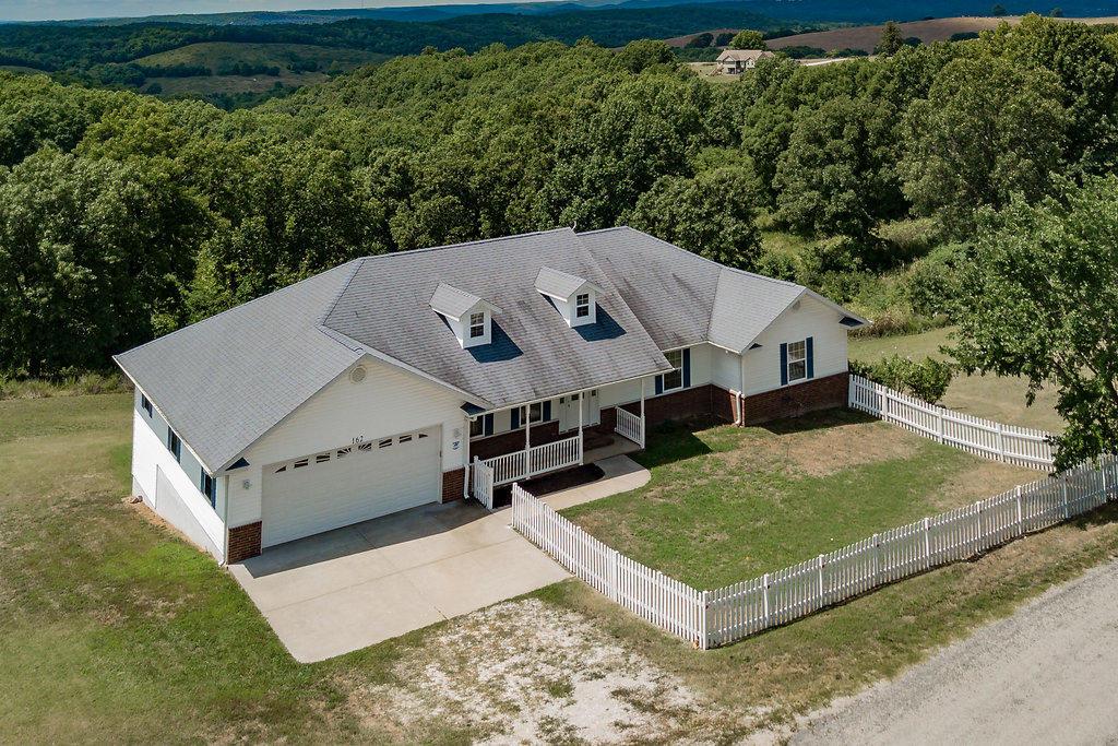 162 Stone County Road Galena, MO 65656