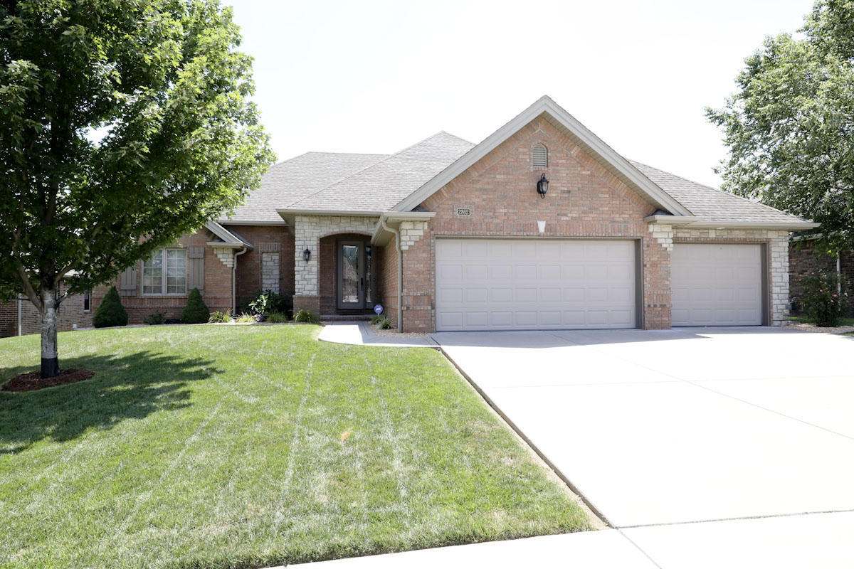 2802 East Chinkapin Lane Springfield, MO 65804