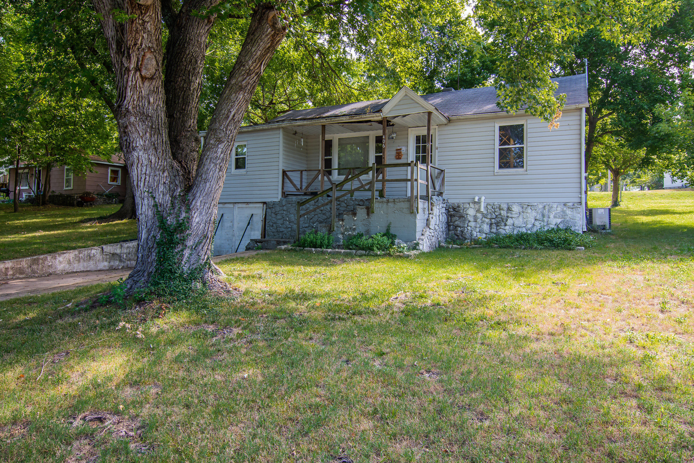 406 South 1St Street Ozark, MO 65721