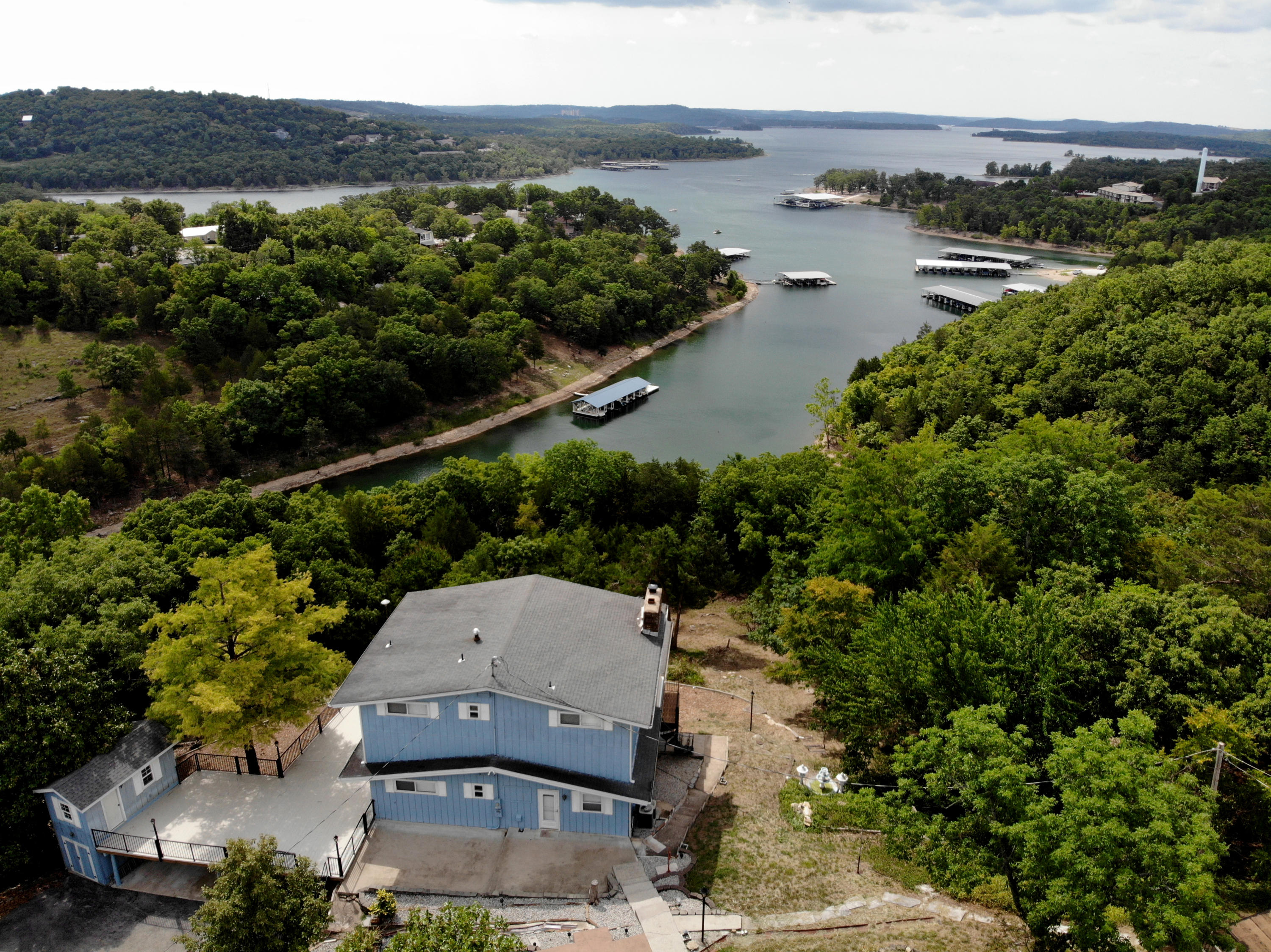 2030 Eagle Point Drive Branson, MO 65616