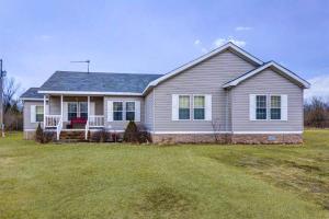 9161 West Farm Rd 52, Walnut Grove, MO 65770