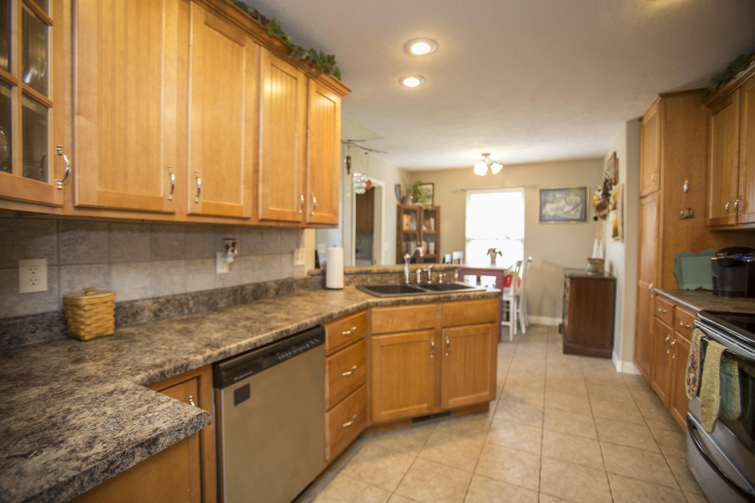 701 East Placer Mill Road Nixa, MO 65714