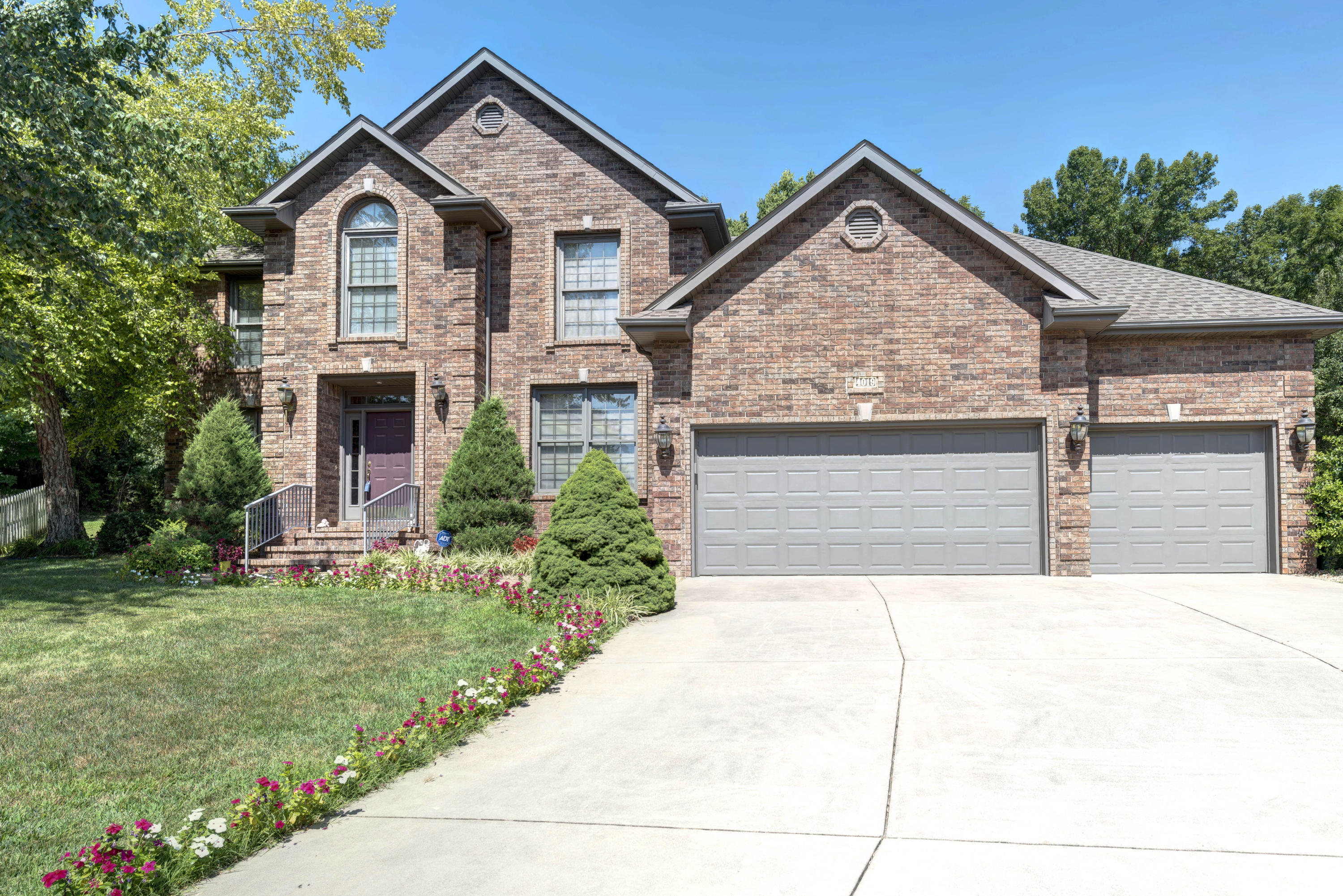4019 East Melody Lane Springfield, MO 65809