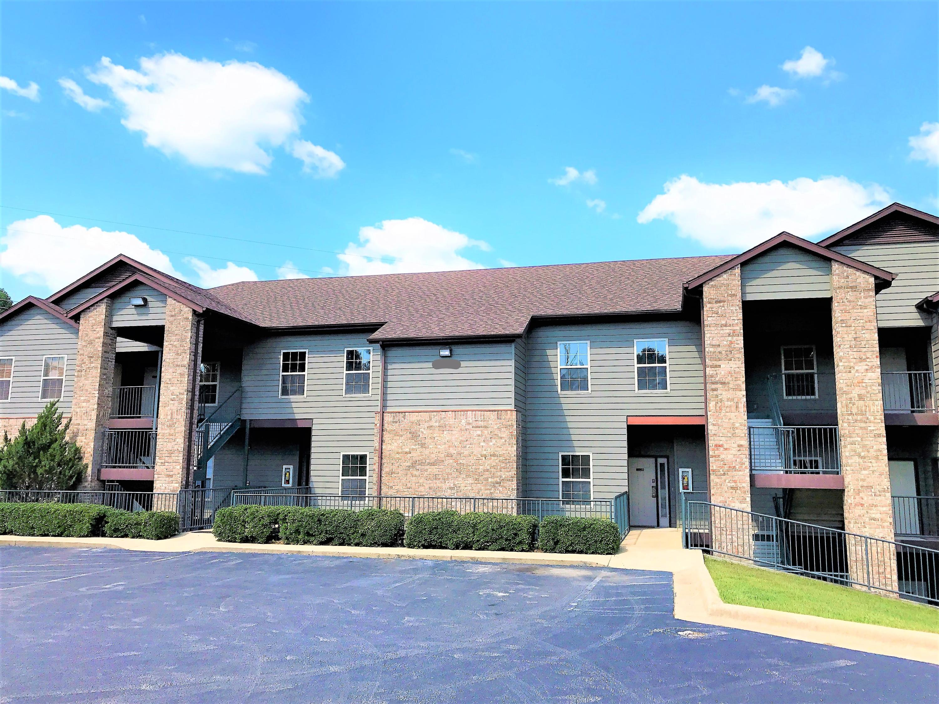 1001 Golf Drive #4 Branson West, MO 65737