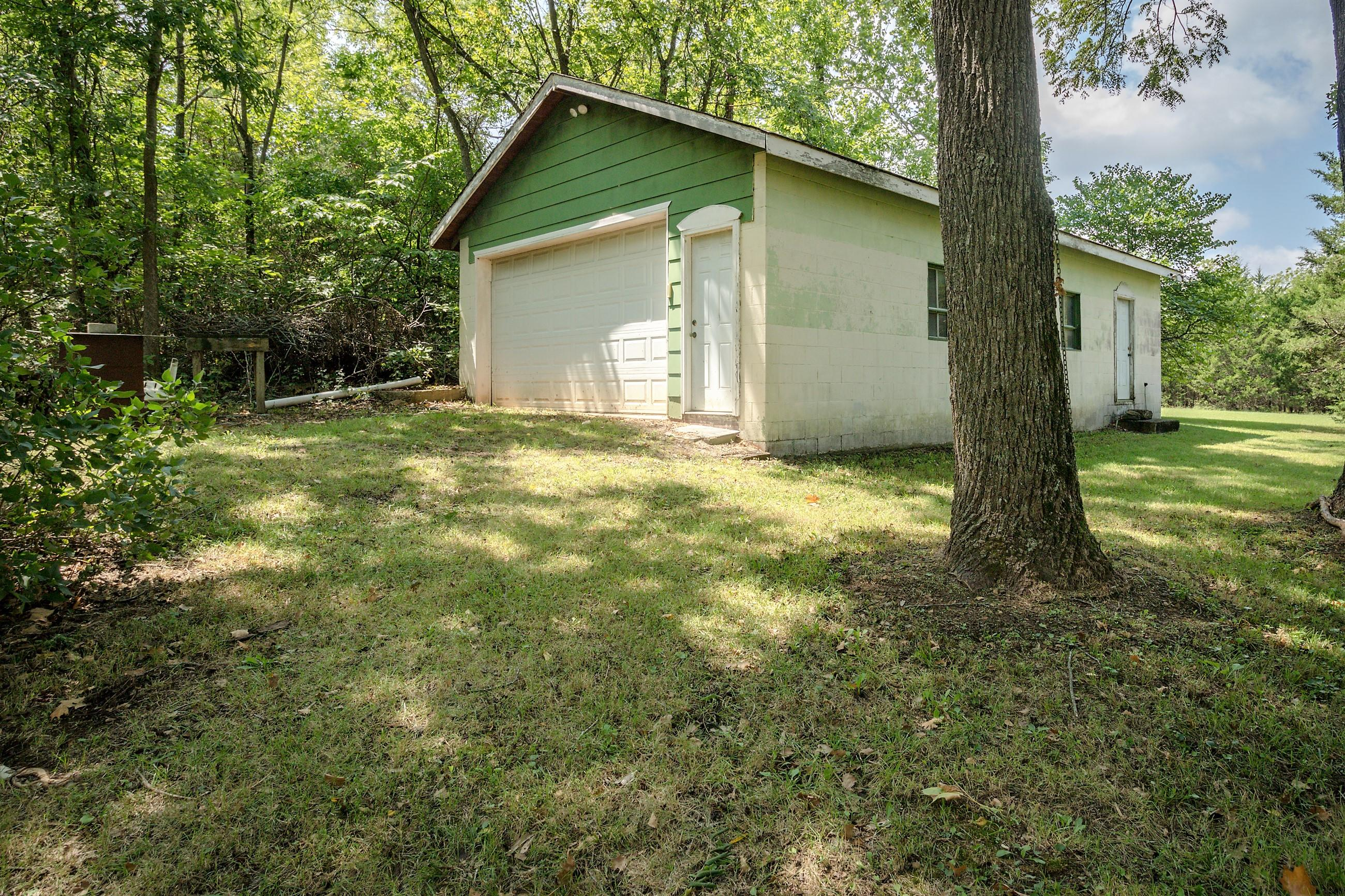 6582 West Farm Rd 44 Willard, MO 65781