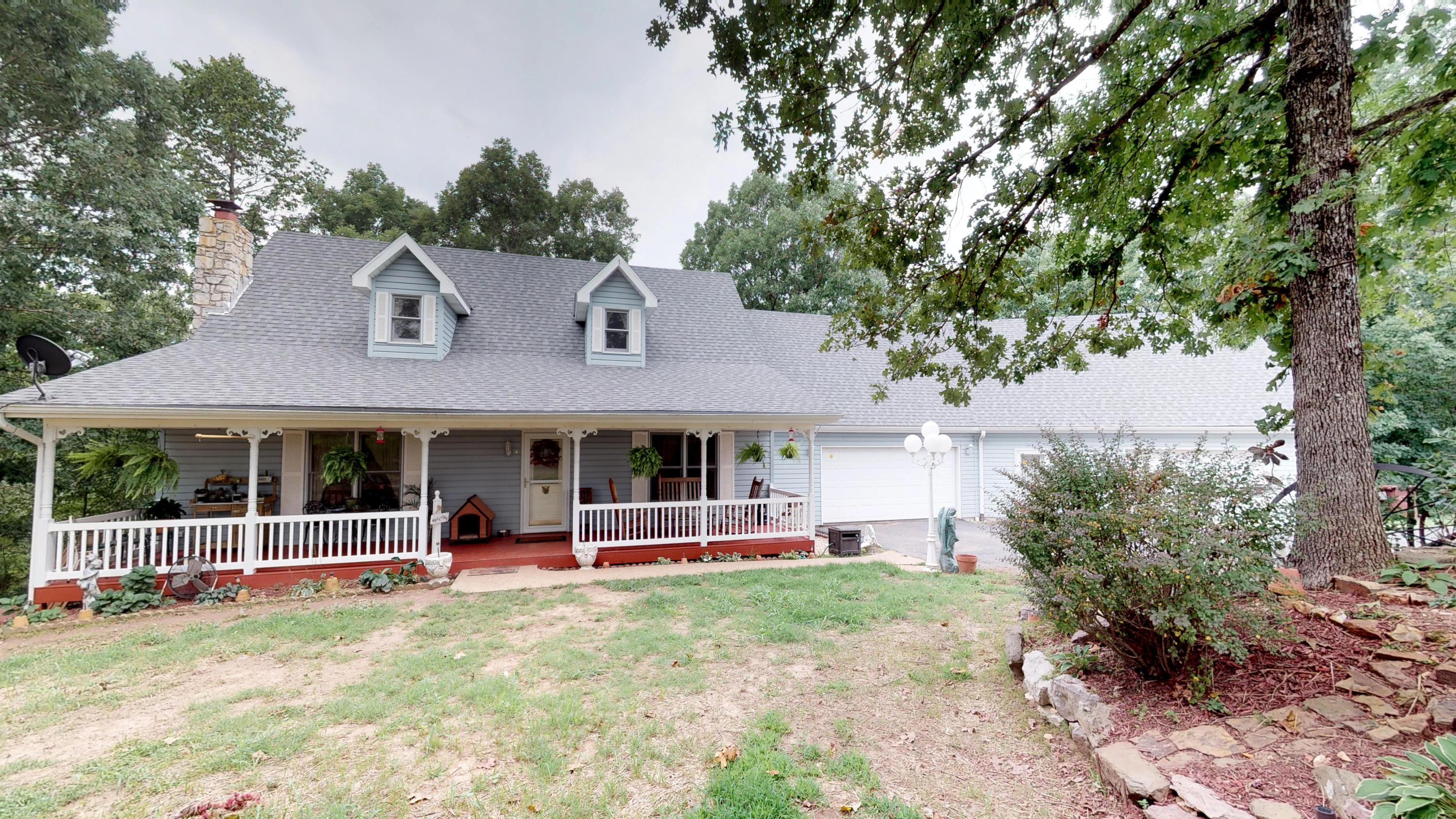 2514 Old Wilderness Road Reeds Spring, MO 65737