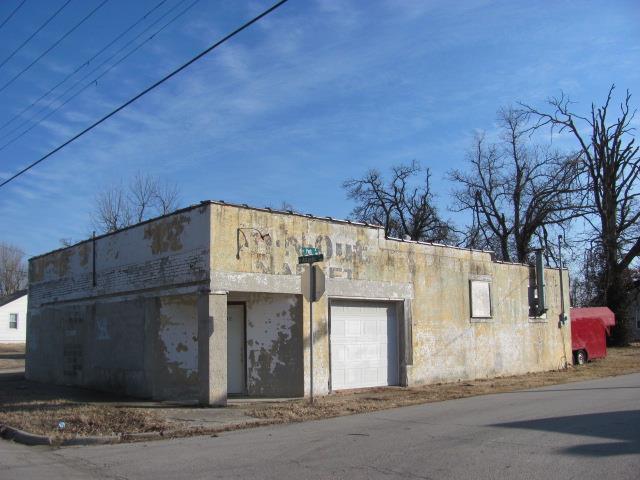 2142 West Atlantic Street Springfield, MO 65803