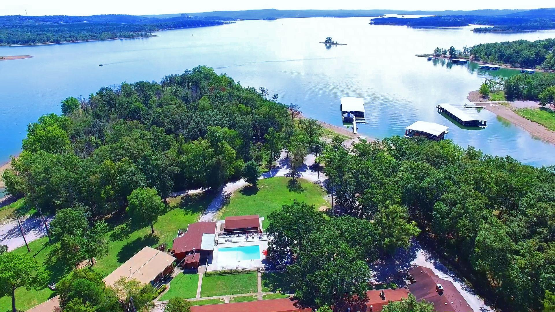 429 East Chinquapin Circle #502 Indian Point, MO 65616