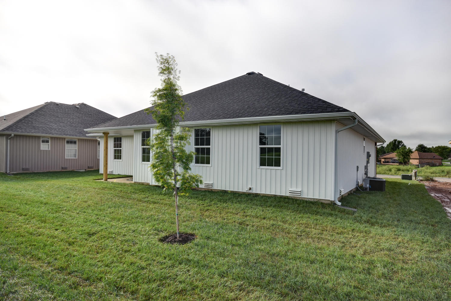 849 East Melton Road Ozark, MO 65721