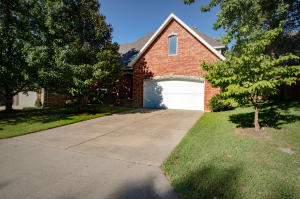 4939 South Bothwell Avenue, Springfield, MO 65804