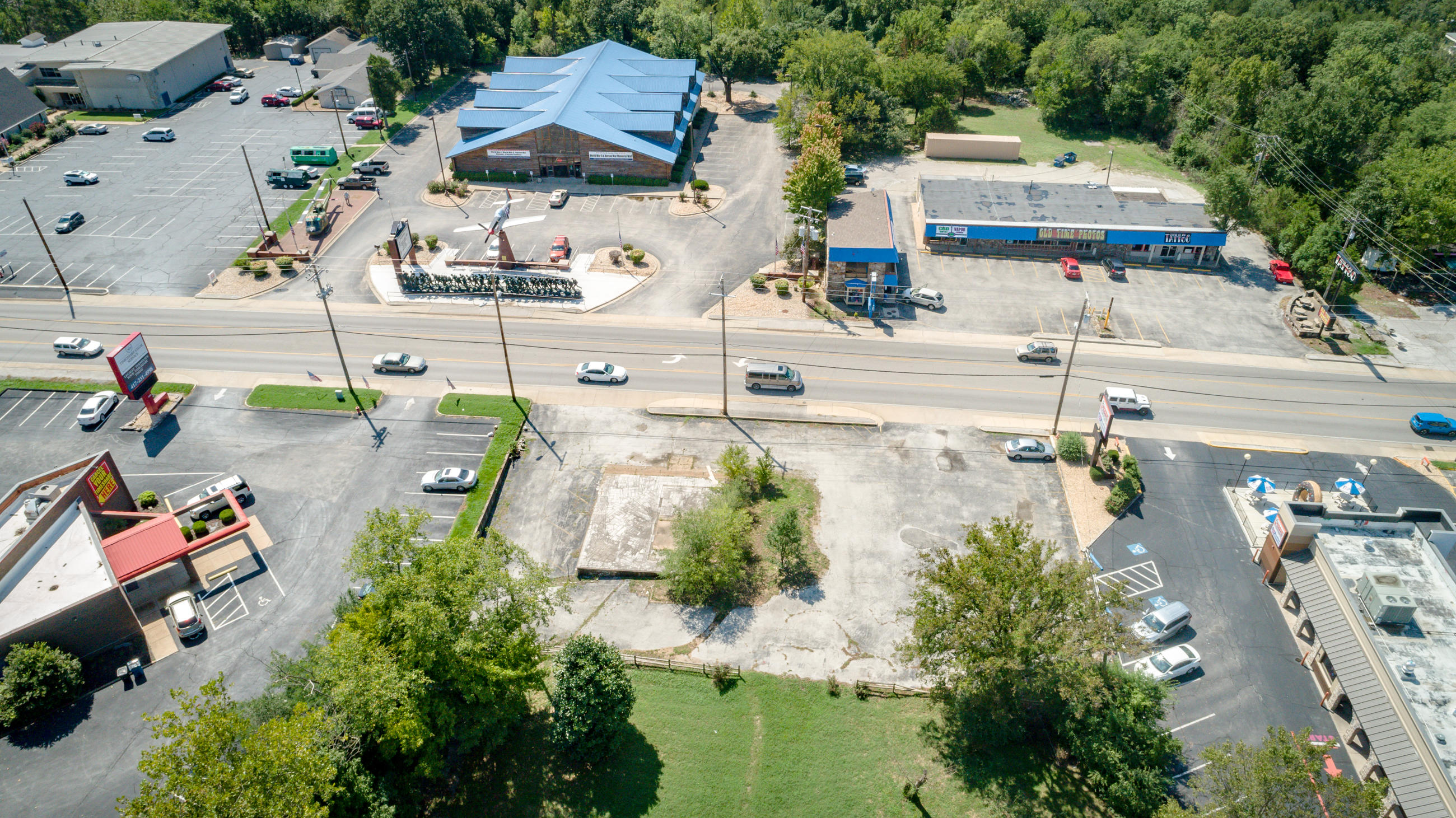 1211 State Hwy Branson, MO 65616