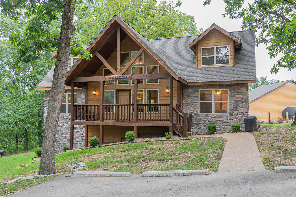 66 Willow Oak Lane Indian Point, MO 65616
