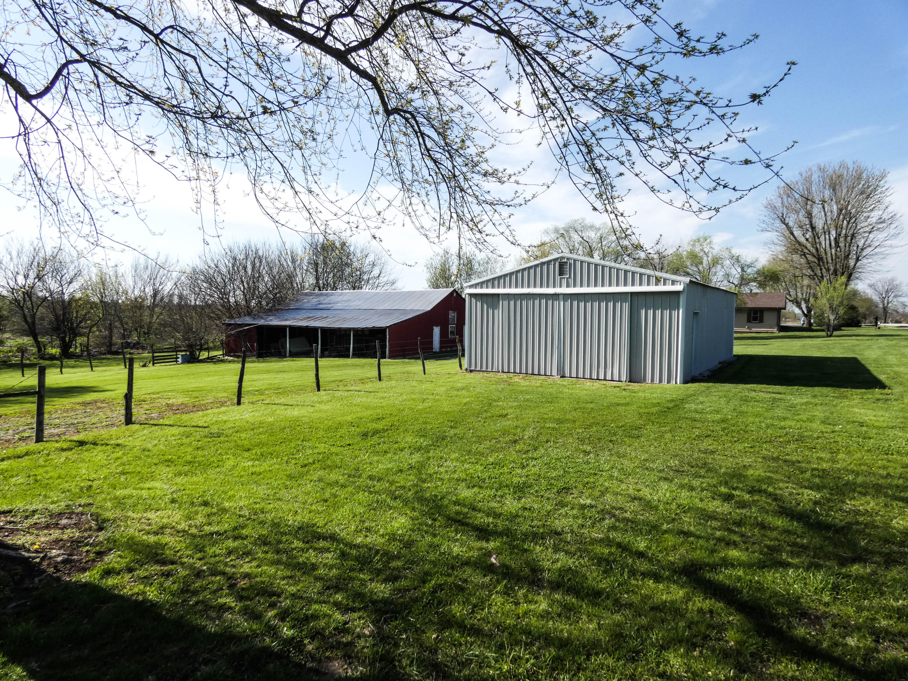 3349 North Farm Road 89 Willard, MO 65781