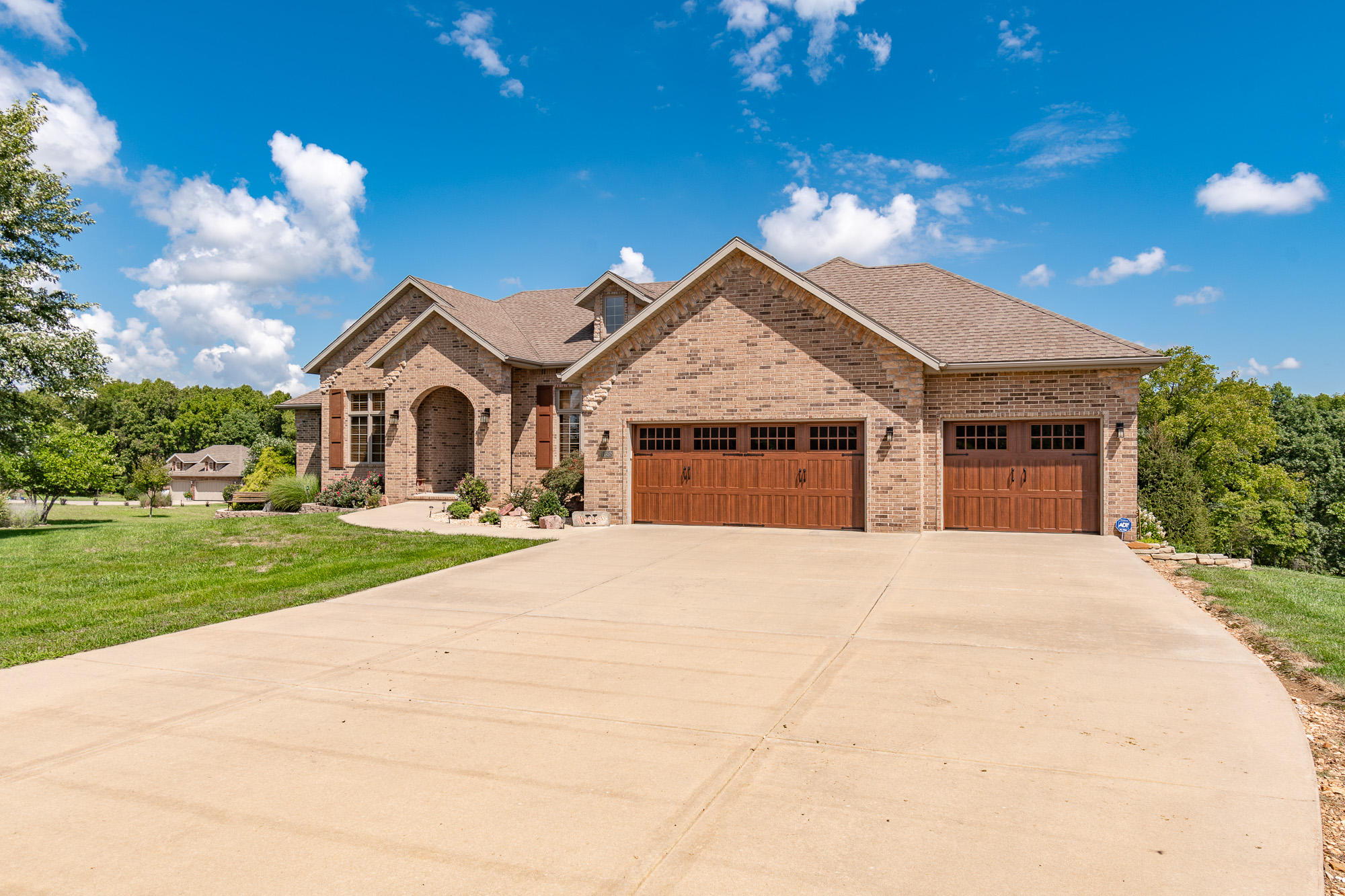 1658 Timber Lake Drive Nixa, MO 65714