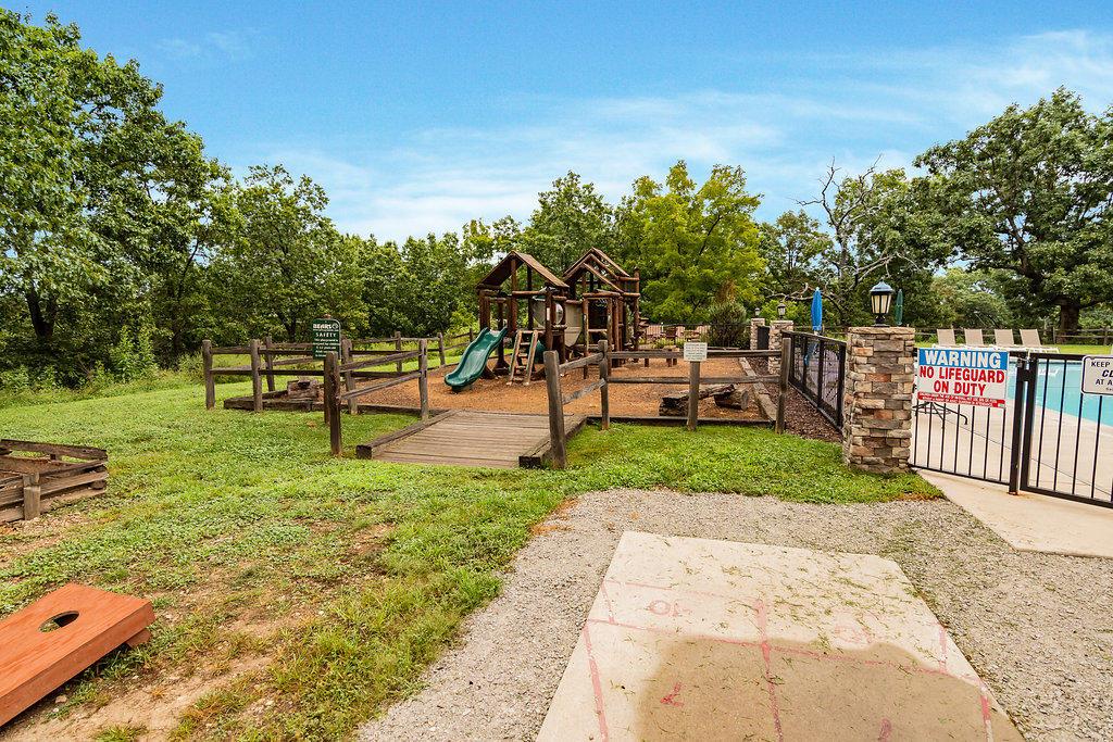 229 Willow Oak Lane Indian Point, MO 65616