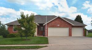 950 South Megan Lane, Willard, MO 65781