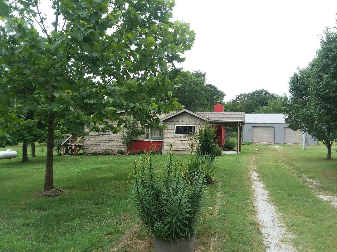 881 Lawhorn Anderson, MO 64831