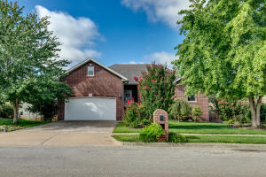 128 West Trail Point Drive