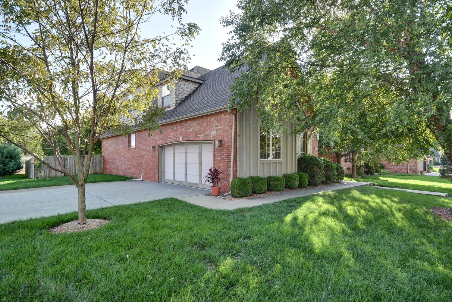3826 West Nell Court Battlefield, MO 65619