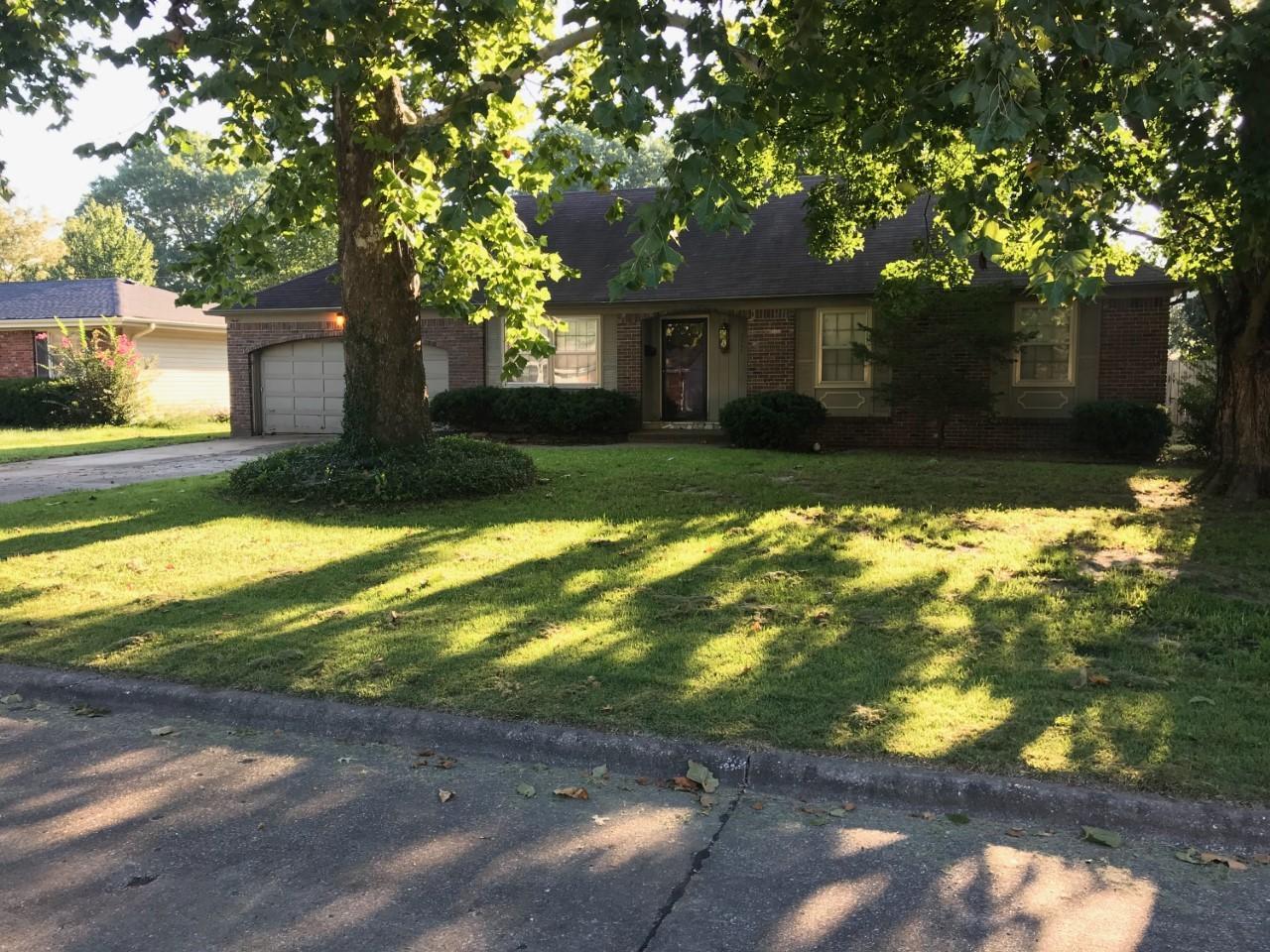 2460 South Mccann Avenue Springfield, MO 65804