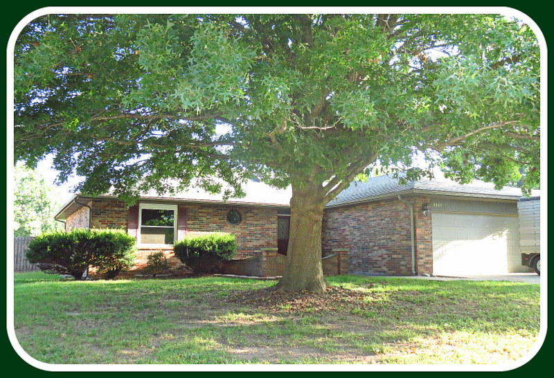 3357 West Tracy Court Springfield, MO 65807