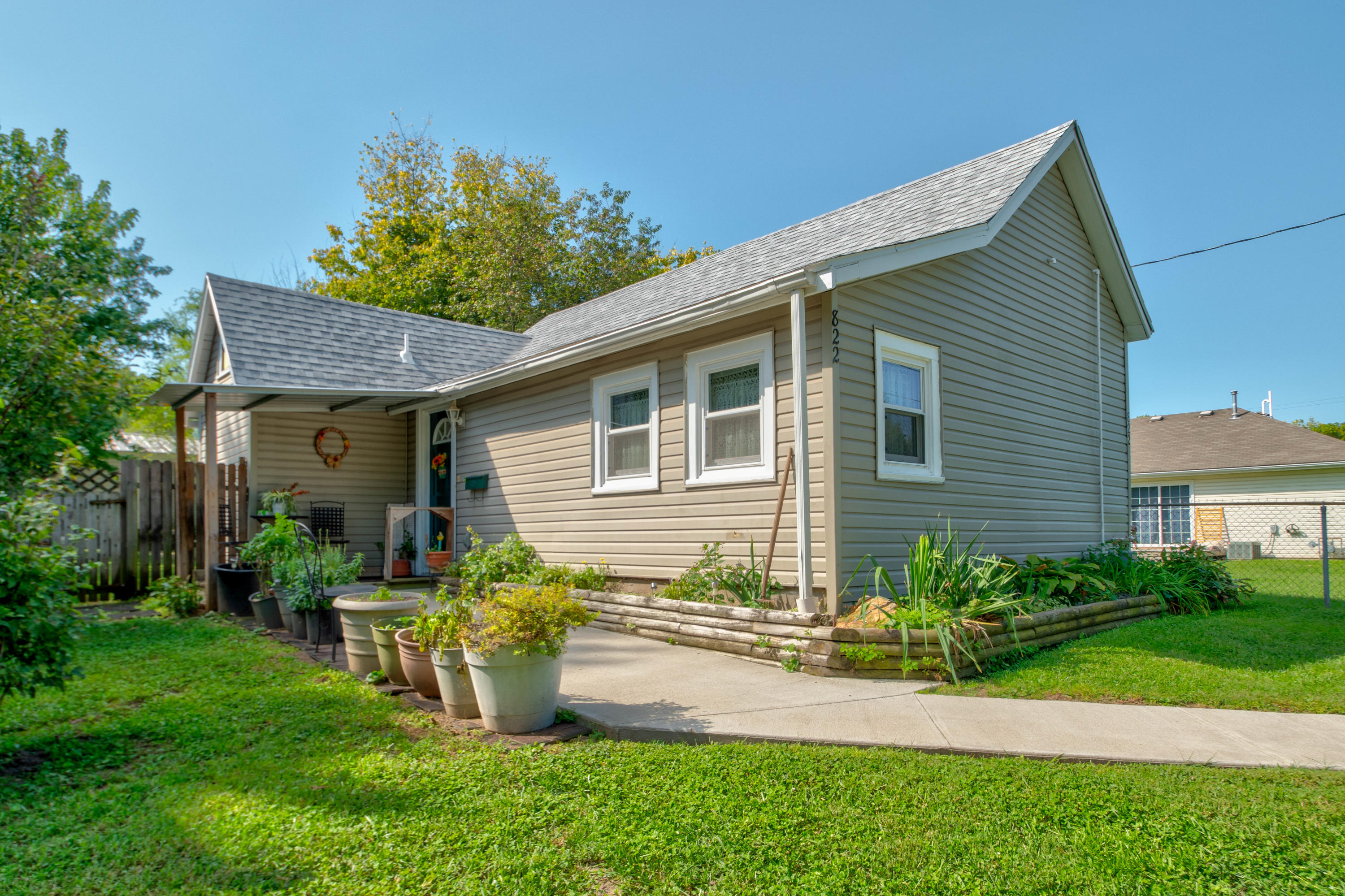 822 West Chicago Street Springfield, MO 65803