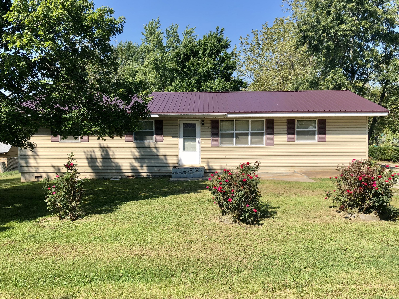 211 South Boyd Conway, MO 65632