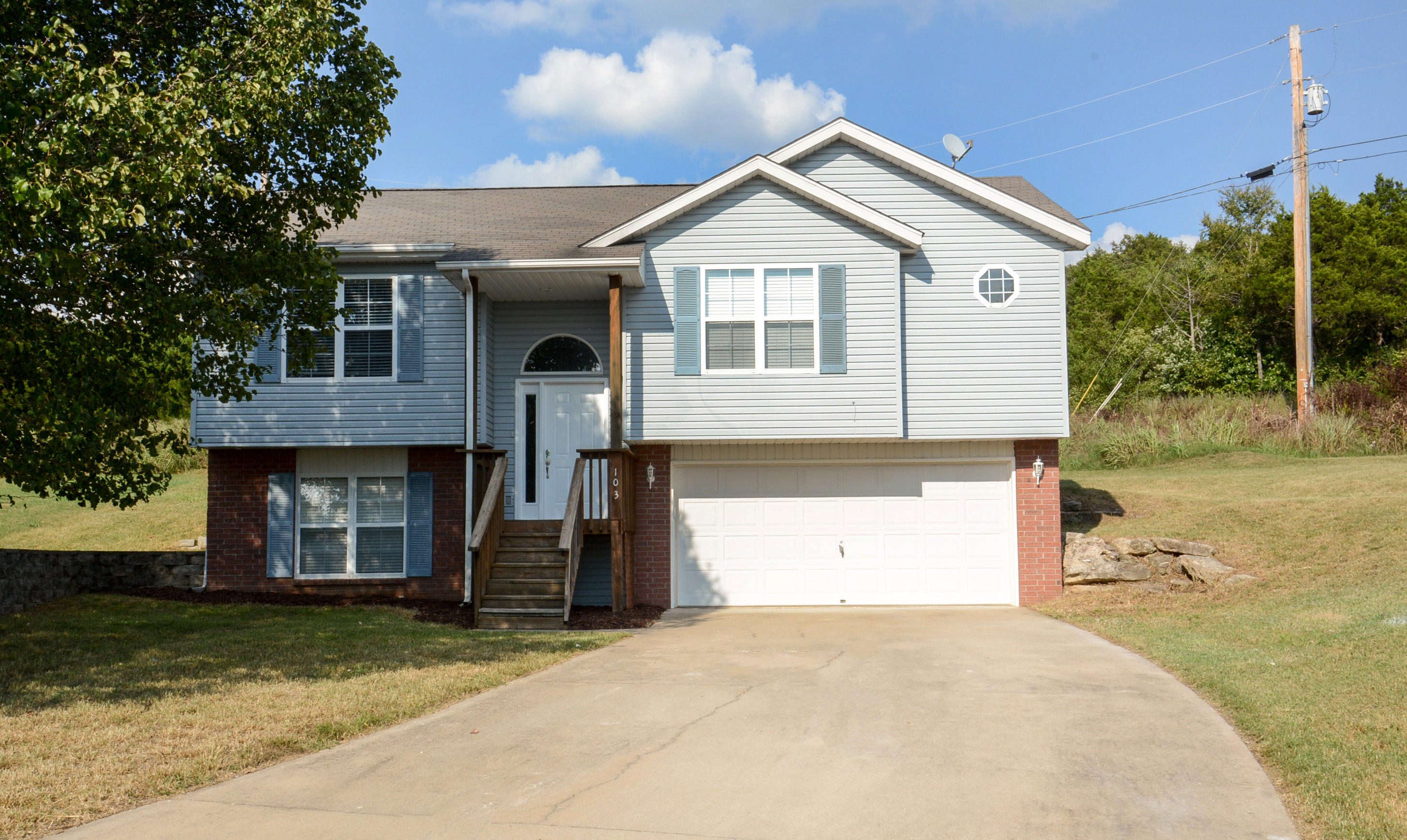 103 Cedar Lane Branson, MO 65616