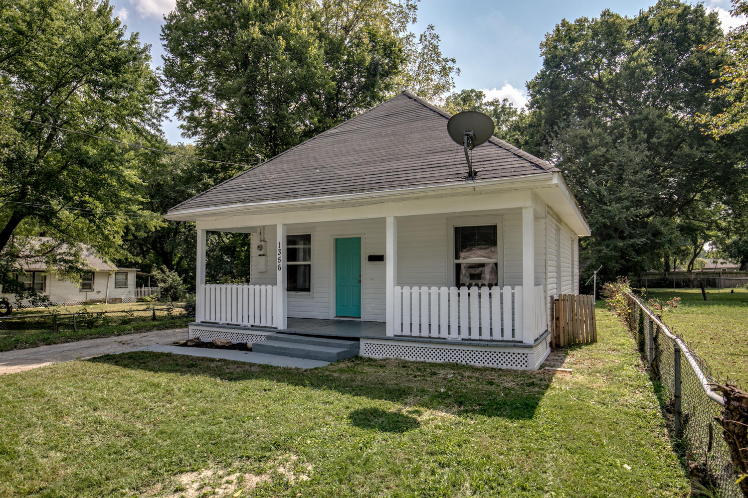 1356 East Pacific Street Springfield, MO 65803