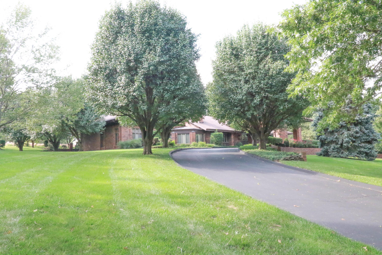 2951 South White Oak Drive Springfield, MO 65809