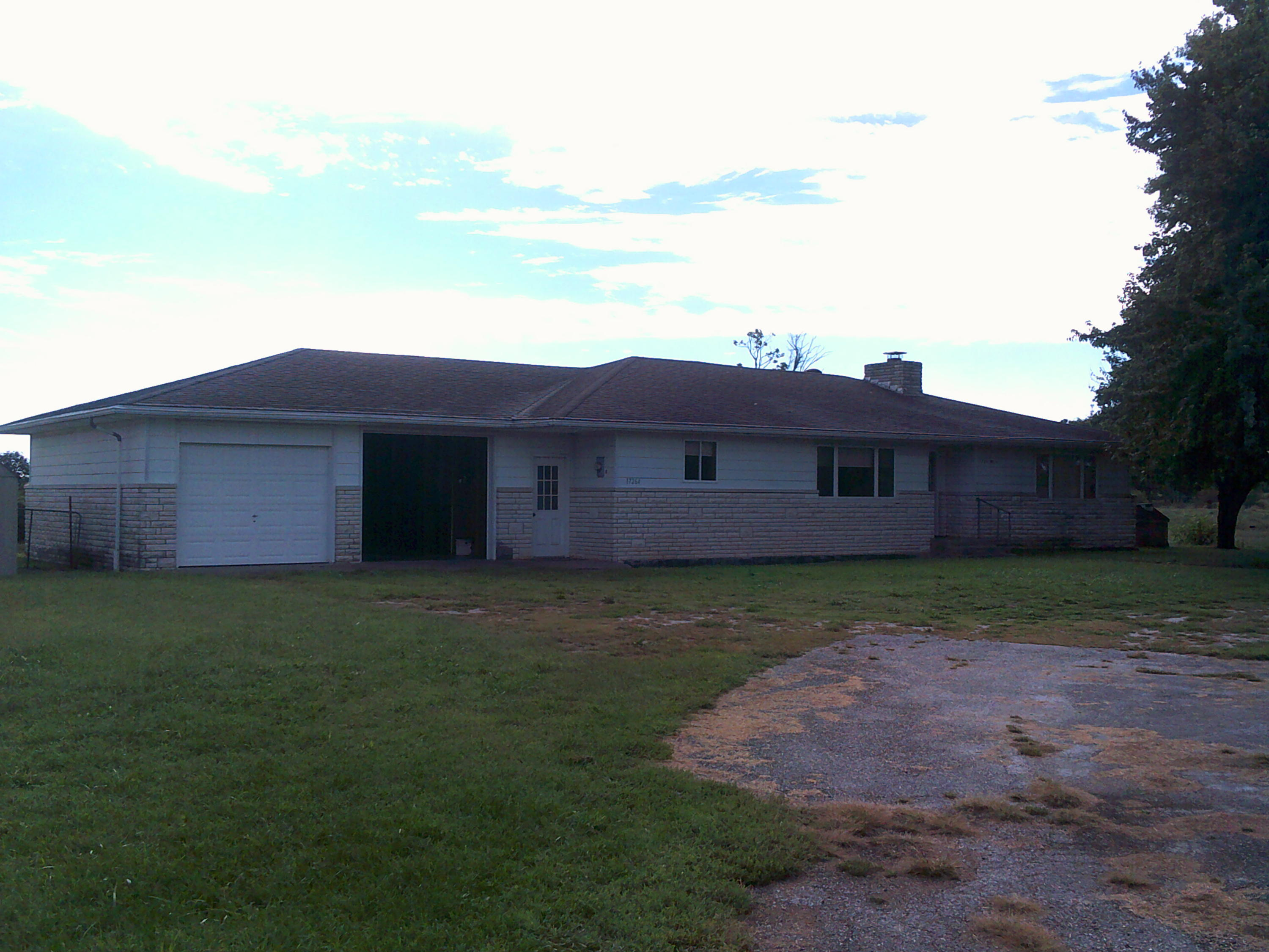 17264 Highway 14 Marionville, MO 65705