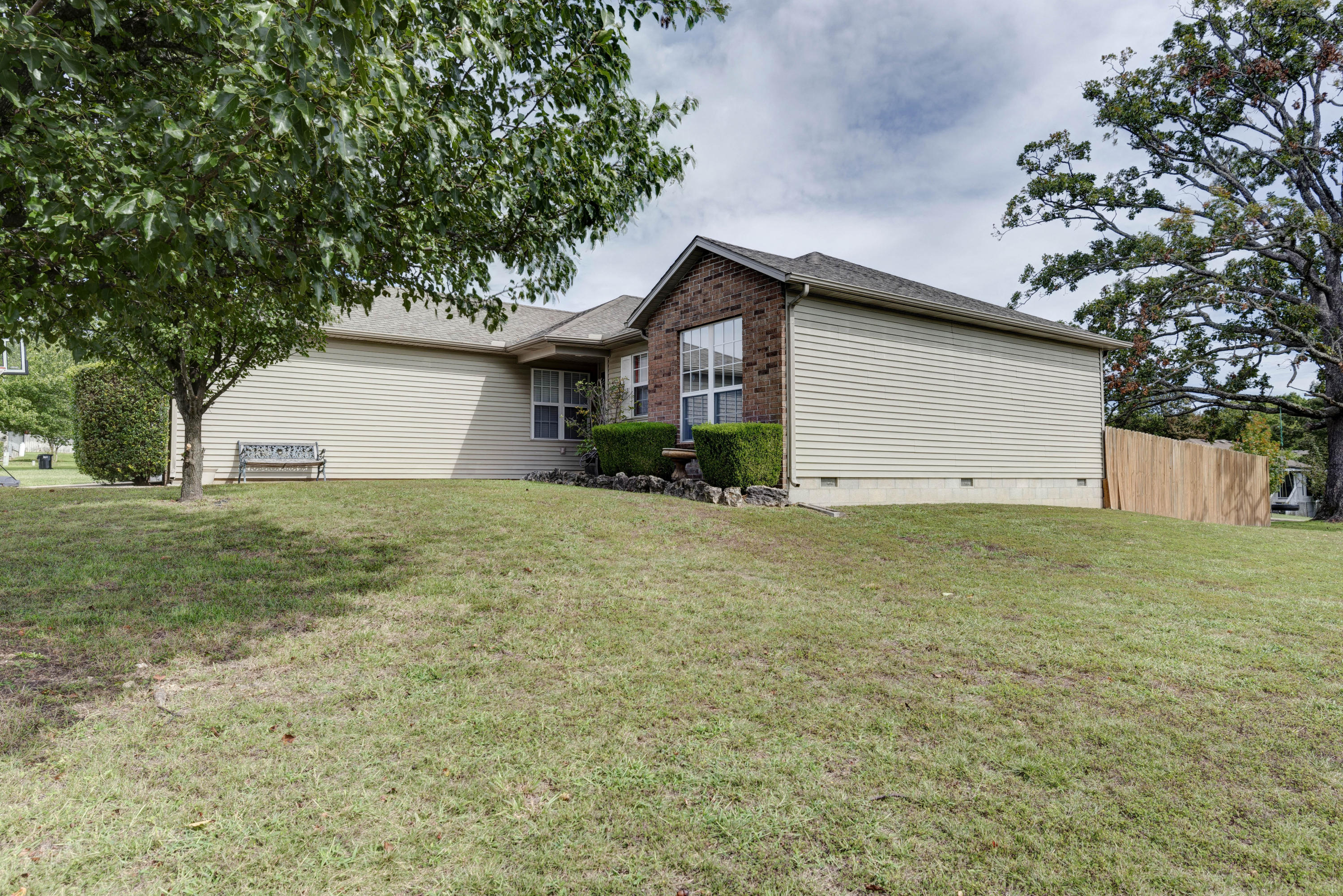 160 Meadow Ridge N Street Branson, MO 65616