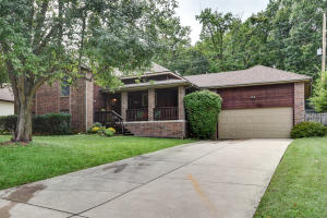 5515 South Westwood Avenue, Springfield, MO 65810