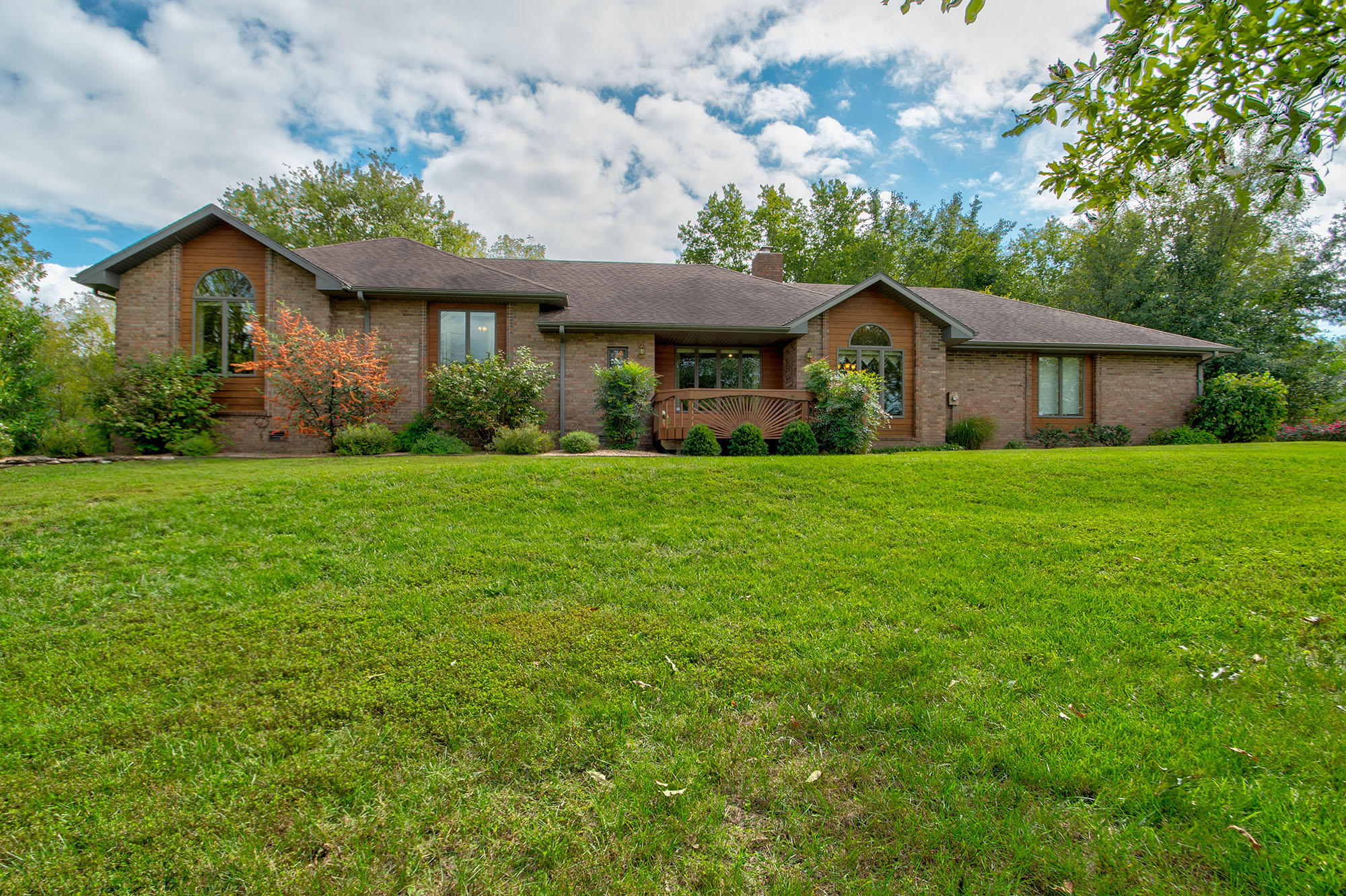 4162 State Hwy Zz Clever, MO 65610