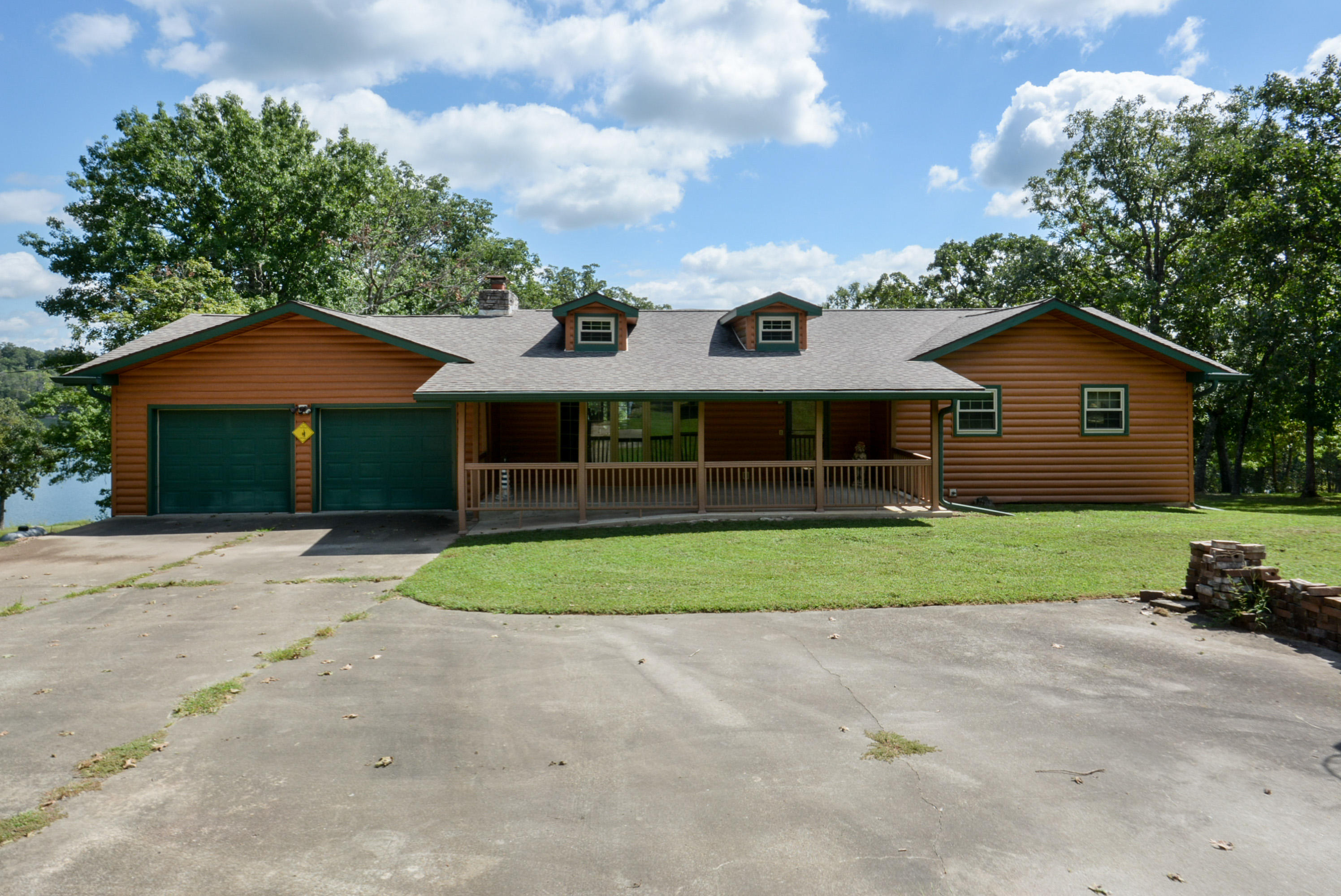 21409 Farm Road 2260 Eagle Rock, MO 65641
