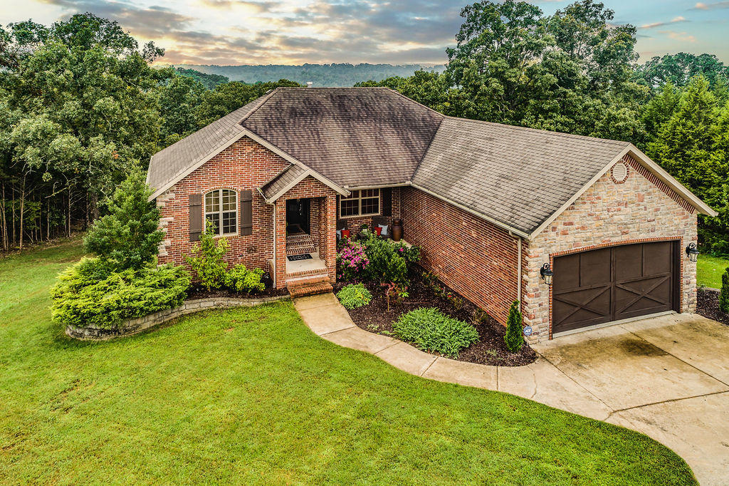 231 Lookout Ridge Road Branson, MO 65616