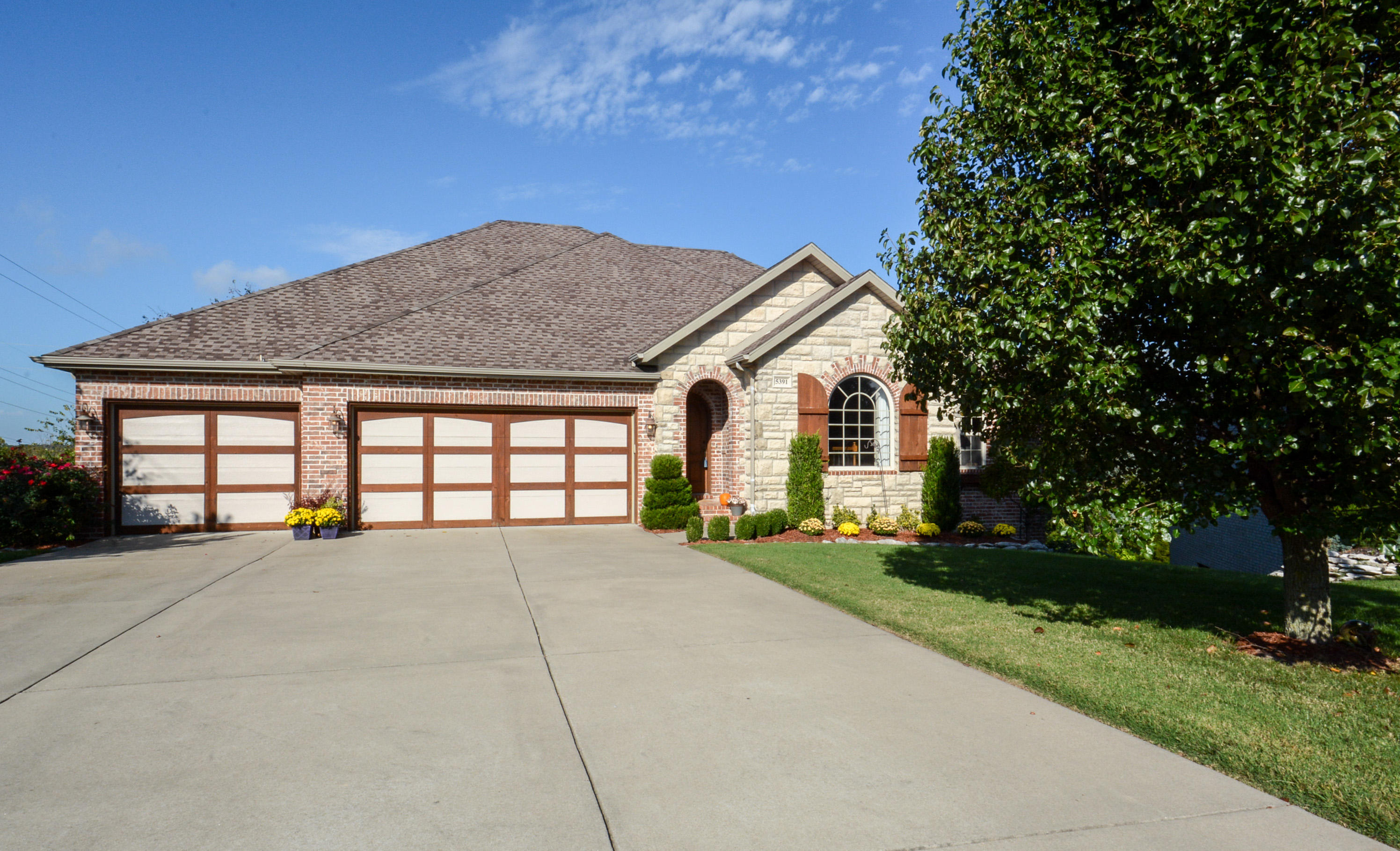 5391 South Westwood Avenue Springfield, MO 65810